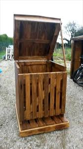 wooden pencil holder plans best 25 wooden trash can holder ideas on pinterest rustic trash