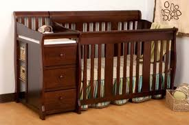Oak Convertible Crib Nursery Decors Furnitures 4 In 1 Convertible Cribs In