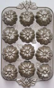 halloween patches best 25 pumpkin patch cake ideas on pinterest pumkin cake