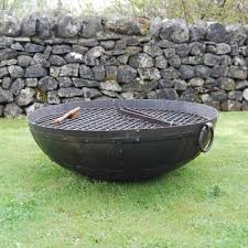 Bbq Firepit Pit Bbq Okthis Is Neat Low Maintenance Backyard