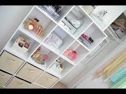 How To Organize Bookshelf Organizing Cube Shelves Youtube