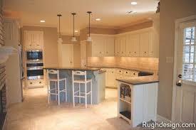 white vs antique white kitchen cabinets antique white sw 6119 review