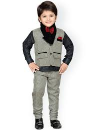 boys clothing buy boys clothes online from top brands myntra