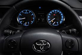 kereta vellfire warna hitam toyota corolla altis dilancarkan u2013 harga bermula rm114k hingga