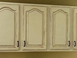 how to antique kitchen cabinets antique finish kitchen cabinets dayri me