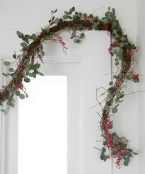 15 wonderful diy garlands for wedding decor happywedd com