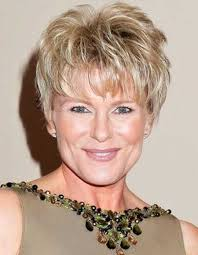 middle aged women thin hair short hairstyles for older woman with fine thin hair