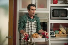 modern family thanksgiving sneak peek phil dunphy talks turkey