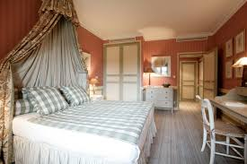 wonderful concept for traditional bedrooms with elegant interior