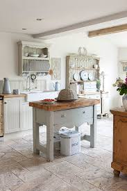 cottage kitchen furniture best 25 cottage furniture ideas on country cottage