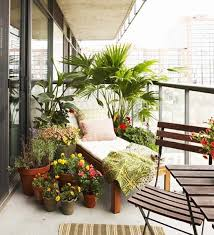 balcony privacy protection ideas with wood plants and awnings