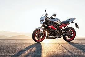 2015 triumph street triple rx se abs review