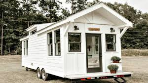 tiny farmhouse vintage chic farmhouse style give away cottage tiny home small