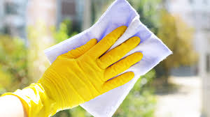 cleaning windows with vinegar how to clean windows today com