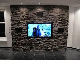 steinwand im wohnzimmer bilder modern steinwand wohnzimmer tv die besten 25 ideen auf