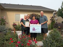 front porch nampa garden club honors 2 couples for beautiful