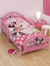 Toddlers Beds For Girls by Minnie Mouse Toddler Bedding Set Minnie Mouse Pretty Junior