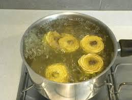 comment cuisiner les artichauts cuisine facile com comment préparer des artichaut violets