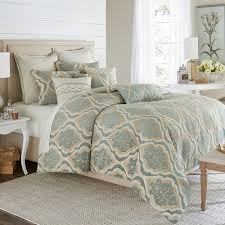 Michael Amini Bedding Sets Michael Amini Avery Manor Bedding King Luxury Comforter
