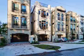 new luxury townhomes in houston at the parques titan homes