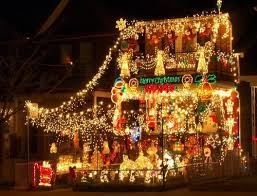 Decorated Homes The Craziest And Most Festive Christmas Decorated Homes