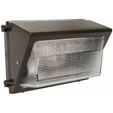metal halide wall pack light fixtures eaton cooper lighting mpfz15 metal halide wall packs crescent