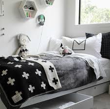chambre noir blanc chambre enfant et blanche