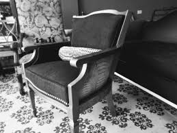Upholstery Repair Chicago Home