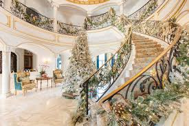 inside a river oaks home with luxe holiday décor houston chronicle