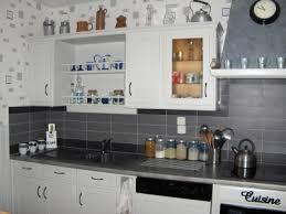 deco cuisine gris et blanc cuisine en blanc stunning armoires de cuisine moderne en acrylux
