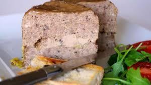comment cuisiner des foies de lapin terrine de volaille au foie gras recette terrine de volaille au