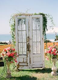 wedding photo backdrops 14 most beautiful ceremony backdrops using doors
