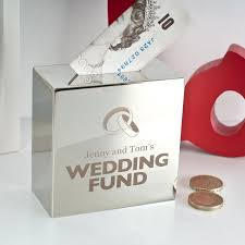 wedding money box personalised silver money box wedding fund gettingpersonal co uk