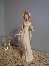 Home Interiors Figurines Lladro Spain 4934 Dainty Lady Damita De Paseo