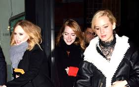 emma stone and jennifer lawrence friends j law adele and emma stone are bffs and we re totally obsessed