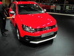 volkswagen polo 2016 red volkswagen crosspolo at 2016 auto expo exterior interior youtube