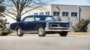 Pontiac Muscle Cars - 1966 pontiac gto tri power