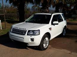 land rover freelander 2000 interior 2013 land rover freelander 2 se sd4 white gateway offroad centre