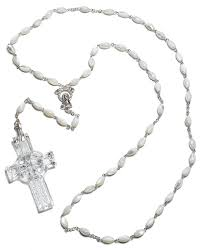 amazon com waterford celtic rosary beads home u0026 kitchen