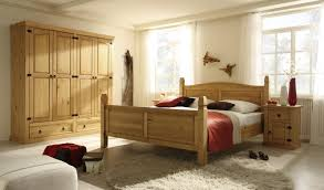 Schlafzimmer Naturholz Funvit Com Wohnzimmer Beige