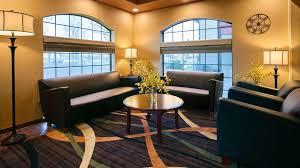 Comfort Suites Redmond Or Hotel Plus Rama Inn Redmond Or Booking Com