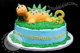 dinosaur birthday cakes 12 dinosaur birthday cake ideas we spaceships and laser beams