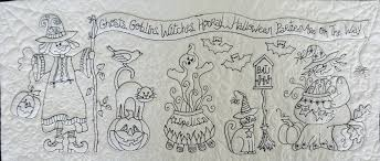 halloween table runners free motion quilting halloween table runner the quilt journal