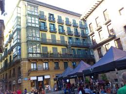guesthouse roquefer bilbao central rooms spain booking com