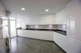 lacar muebles en blanco foto muebles lacados blanco brillo de muebles de cocina 481171