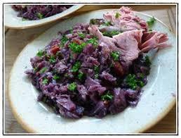 cuisiner la palette de porc palette de porc fumée et chou recette iterroir