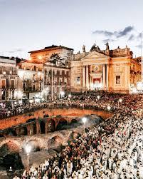 cortile platamone catania catania sicilia festa di s agata italia bellissima