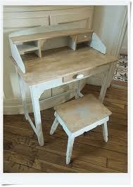bureau écolier relooké mini bureau d enfant relooké meubles reloookés