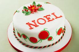 poinsettia design christmas cake goodtoknow