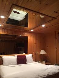 bedroom ceiling mirror alpine suite bed with the mirrors on the ceiling picture of